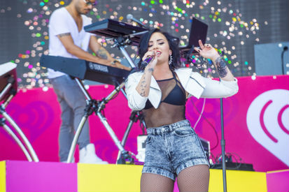 demi lovato performing mental illness assumptions