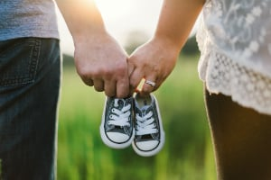 couples with baby shoes infertility