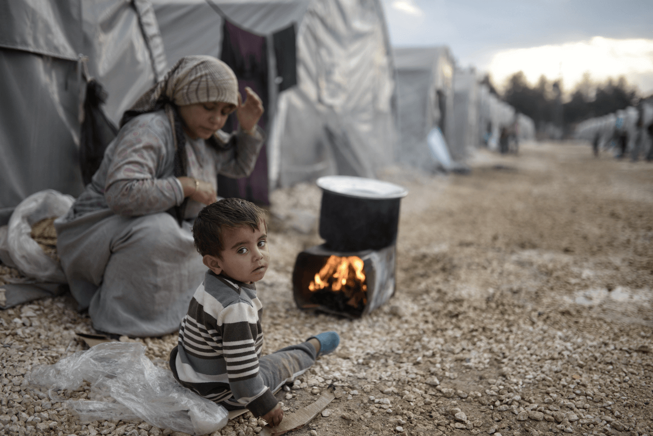 syrian refugees mother child