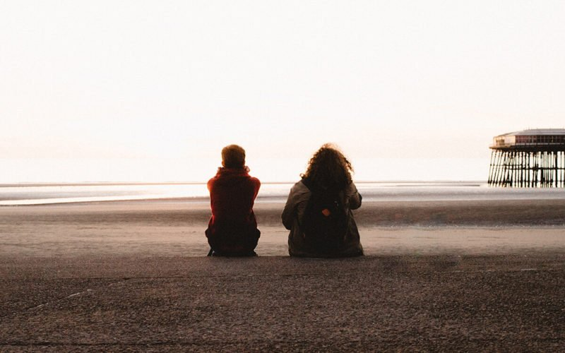 therapists-guide-talking-friends-family-about-mental-health
