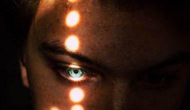 light on eye